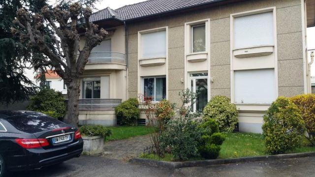 MONTREUIL - 93100 Activités à vendre 2 520 m²