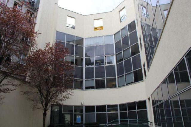 bureaux à vendre PARIS 10, 1 685 m²