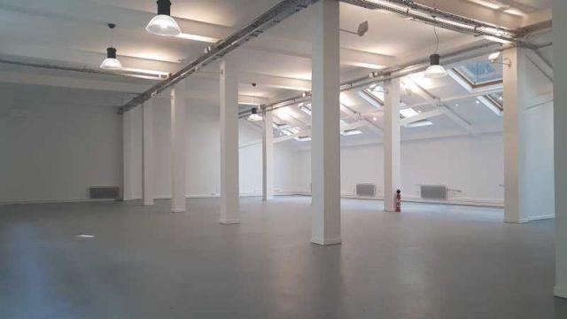 PARIS 11 - 75011 <br>Bureaux et Activités &agrave; vendre 250 m²