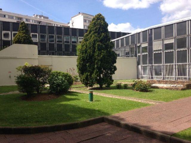 PARIS 18 - 75018 Bureaux à vendre 432 m²