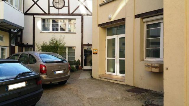 MONTREUIL - 93100 <br>Bureaux &agrave; vendre 360 m²