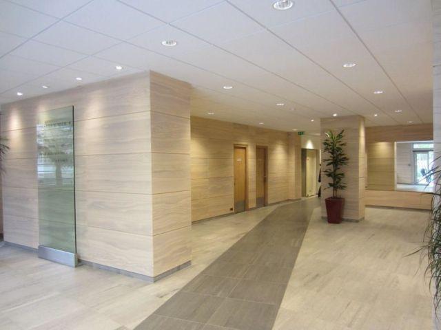 PUTEAUX - 92800 Bureaux à vendre 1 638 m²