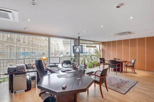 PARIS 08 - 75008 Bureaux à vendre 410 m²