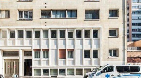 bureaux à vendre PARIS 20, 231 m²