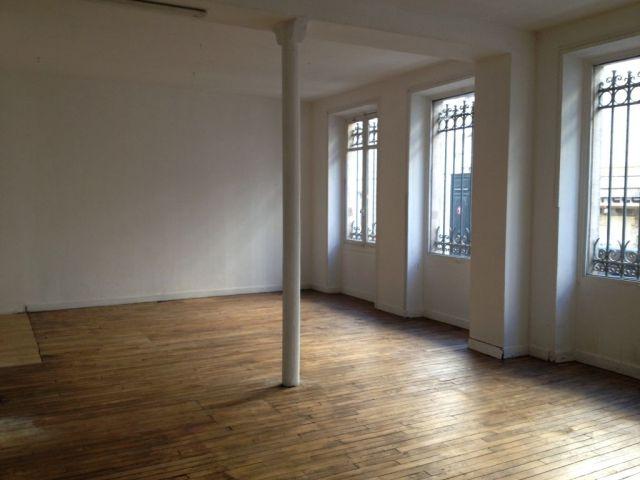bureaux et locaux commerciaux vendre paris 03 75003 228 m 1734. Black Bedroom Furniture Sets. Home Design Ideas