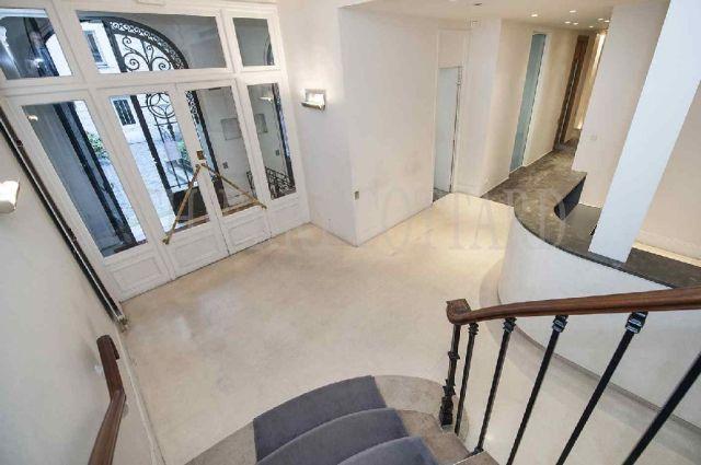 bureaux vendre paris 16 75016 395 m 3613. Black Bedroom Furniture Sets. Home Design Ideas