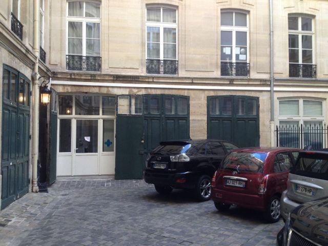 Bureaux et locaux commerciaux vendre paris 08 75008 for Locaux commerciaux atypiques paris