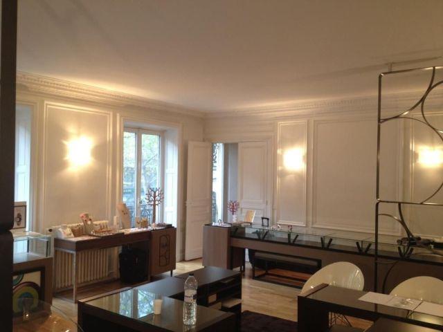 bureaux et locaux commerciaux louer paris 2 75002 285 m 1711. Black Bedroom Furniture Sets. Home Design Ideas