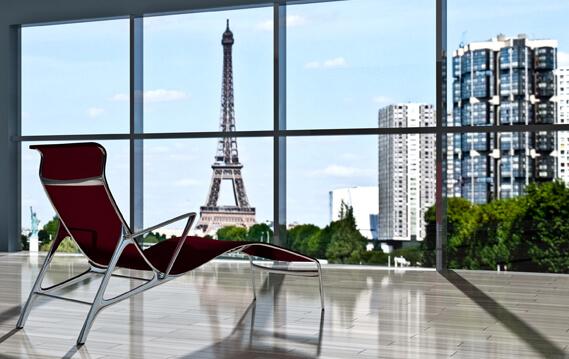 Paris résiste à la baisse des ventes de bureaux .